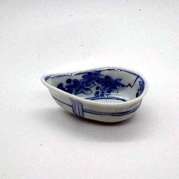 肥前陶磁器専門のオンラインショップ陶樹庵 有田焼 染付 水滴型 とら絵 向付 千代口付